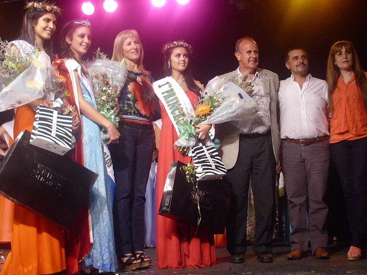 Expo flor la plata for Gramineas ornamentales vivero