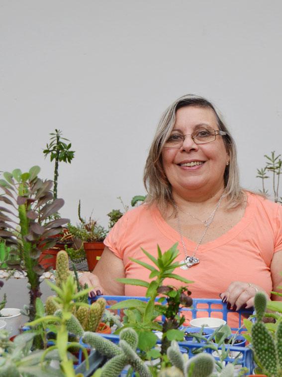 Profesionales floricultura liliana moreno for Viveros en moreno